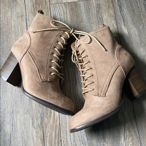 NEW heeled boots